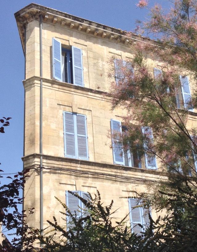 Avignon shutters
