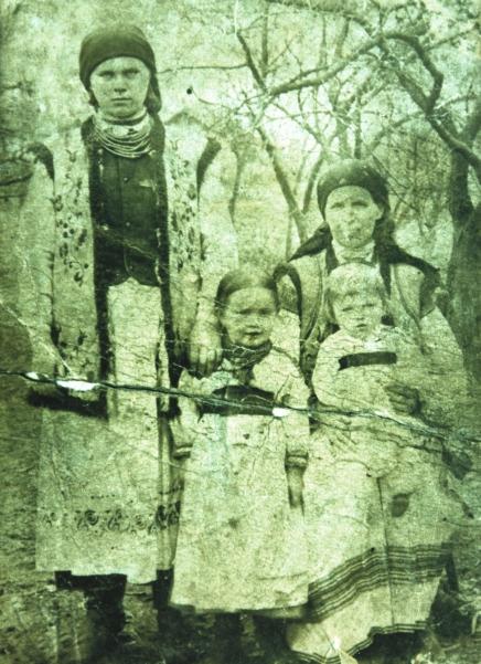 Lachowicz family