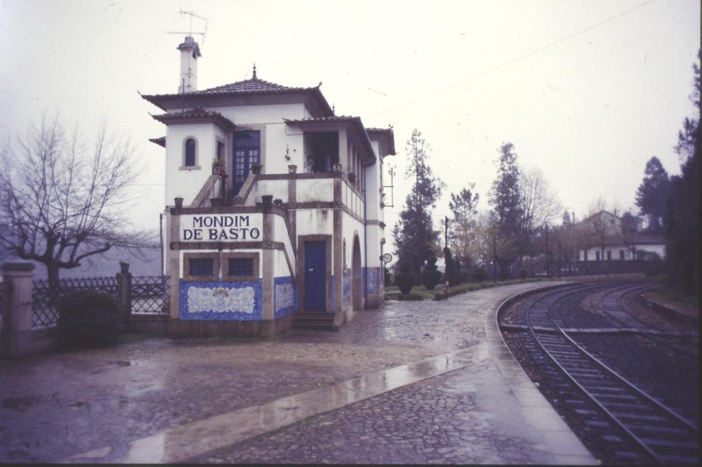 Mondim de Basto station