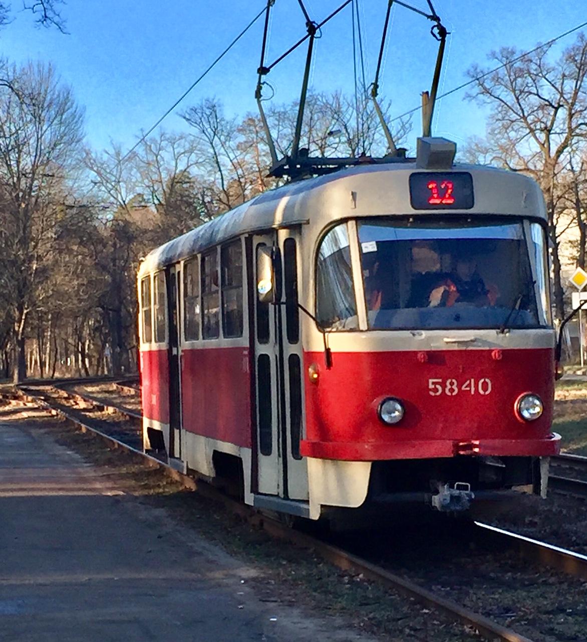 12 tram Kyiv